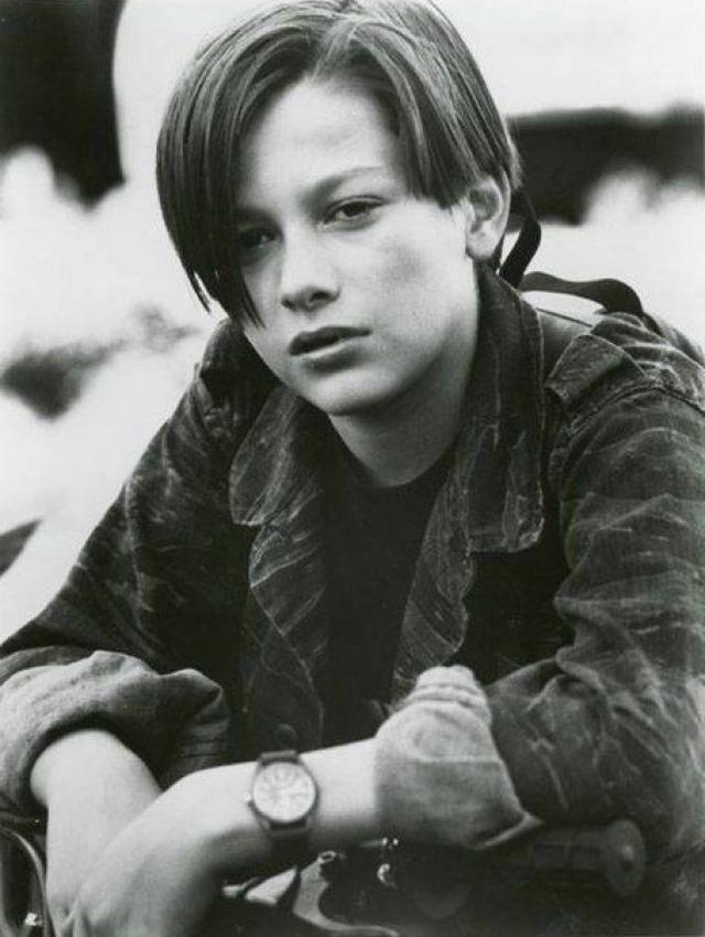 """Эдвард Ферлонг. Секс-символ всех подростков 90-х стал настоящей звездой после роли в фильме """"Терминатор""""."""