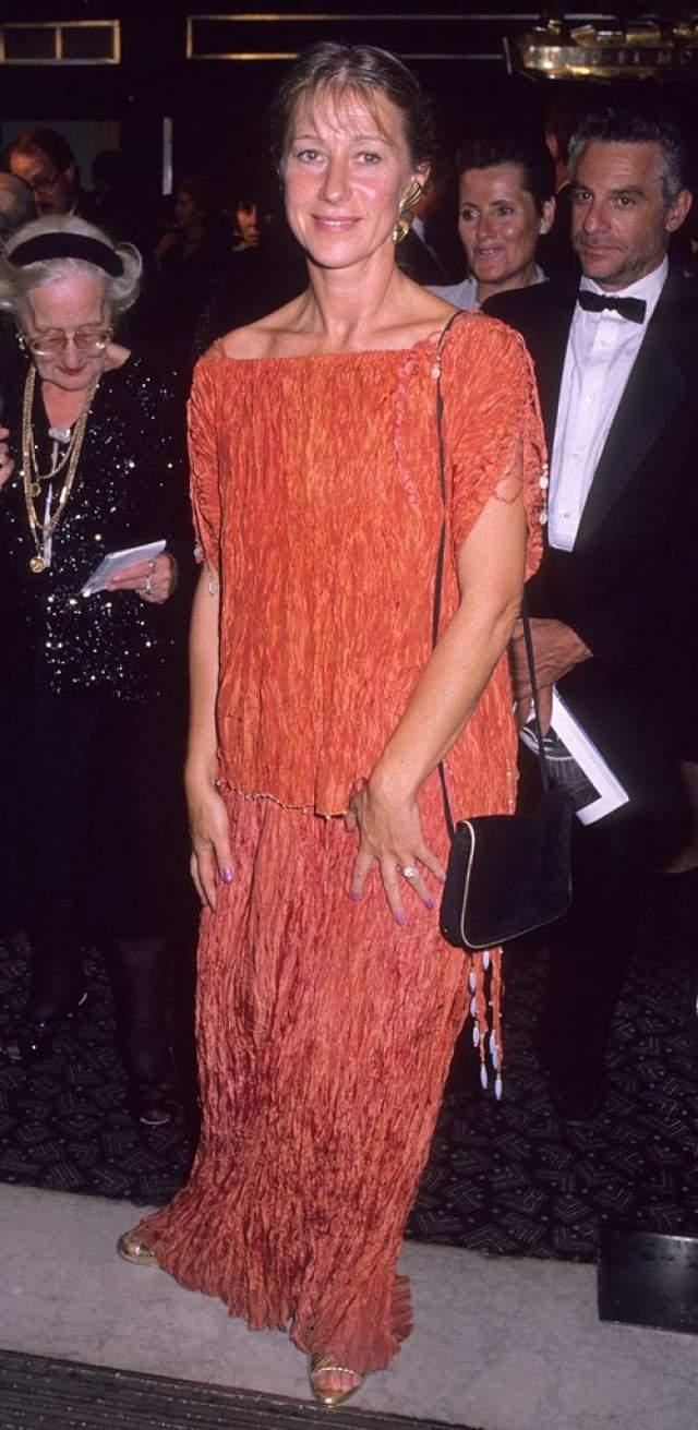Такой образ выбрала Хелен Миррен в 1989.