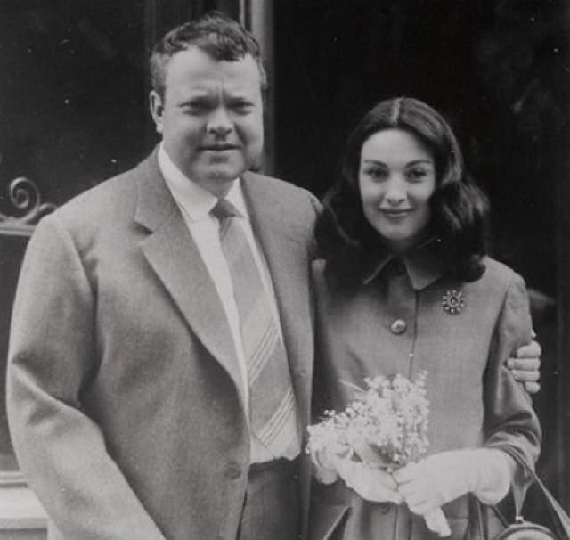 Третьей женой еще более растолстевшего Орсона стала еще одна миниатюрная актриса Паола Мори.