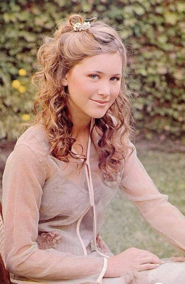 Элиана Рамос, 18 лет. Сестра Луисель скончалась через полгода после смерти сестры. Ее нашли в ее же постели 13 февраля 2007 года.