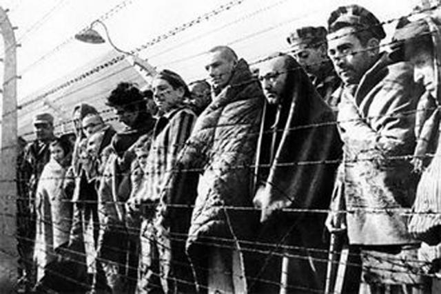 На 11 апреля в 17:00 было назначено поголовное истребление всех тех, кто еще остался в Бухенвальде. Осталось более двадцати одной тысячи заключенных.