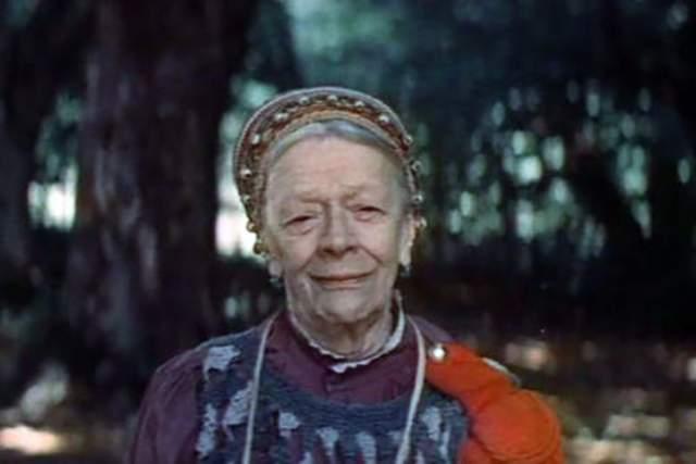 """Татьяна Пельтцер. Самая известная """"бабушка"""" советского кино однажды вызвала скорую, поскольку у нее сильно болела голова. Никто не мог предположить, что это приведет ее психиатрическую клинику."""