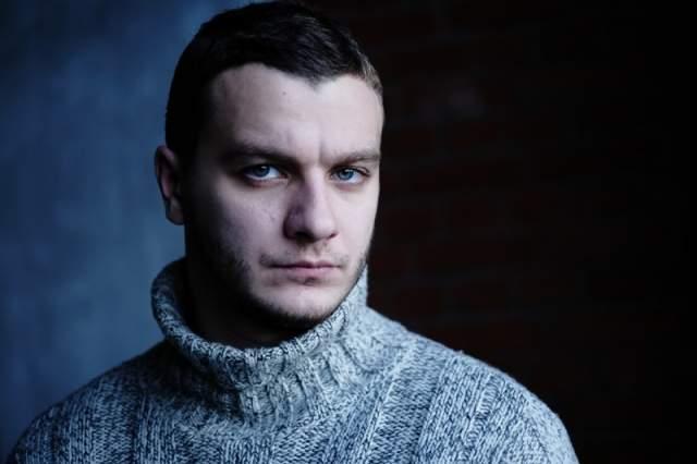 """Филипп сыграл в сериале """"Кухня"""" на СТС, сделал заметную театральную карьеру, а также часто работает как актер дубляжа."""