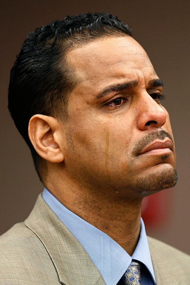 В 2004 суд вынес оправдательный приговор по делу о непредумышленном убийстве при отягчающих обстоятельствах. А вот от сокрытия несчастного случая уйти не удалось. В городской тюрьме баскетболист пробыл 18 месяцев.