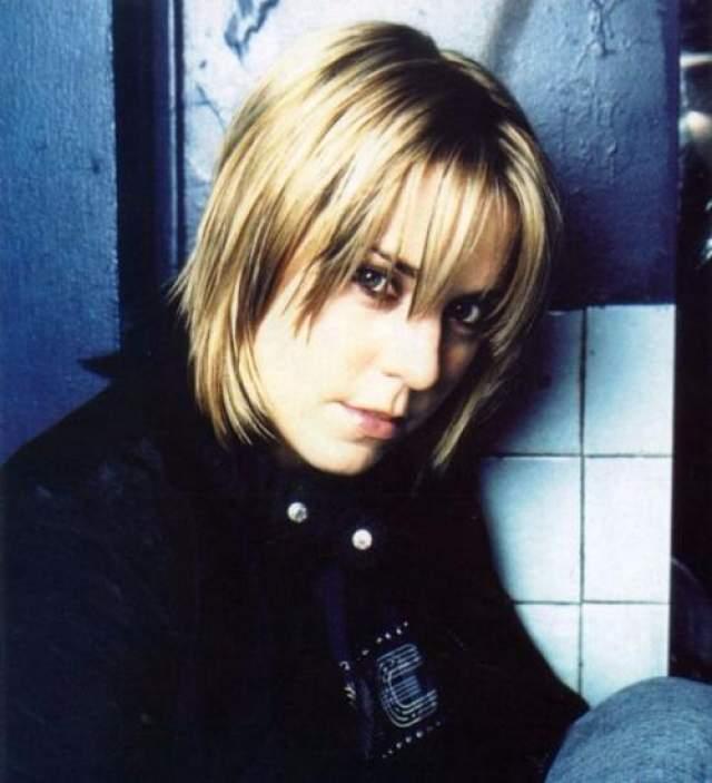 После ухода из группы Мелани стала вполне успешной певицей: на ее счету шесть альбомов и 11 синглов, возглавившие в свое время сводный чарт Великобритании. Помимо прочего, она была единственной профессиональной вокалисткой в Spice Girls.
