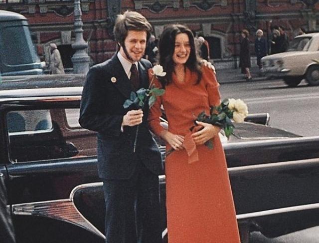 Борис Гребенщиков и Наталья Козловская. Девушка вышла за рокера как только окончила институт, а уже через год родила дочку Алису.