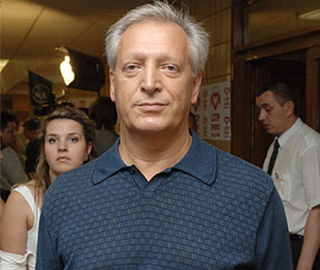 Евгений Борисович также заключил с Аллой договор, что не будет в интервью говорить о бывшей супруге.