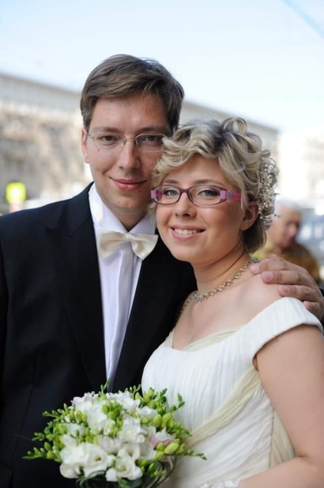 Внучка Гагарина, Екатерина Караваева , родилась в 1987 году у старшей дочери космонавта, Елены. В 2011 году вышла замуж. Сейчас живет вЛондоне, куда уехала в 2014 году вместе с супругом, дипломатом Павлом Внуковым.