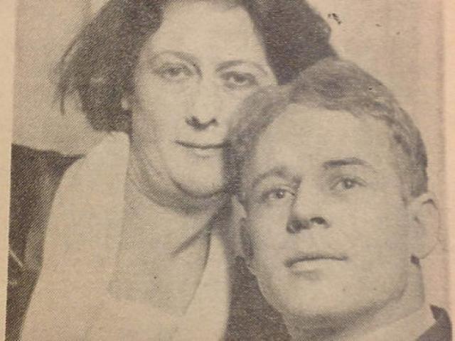 Через некоторое время Дункан поняла, что у ее карьеры в Советском Союзе нет будущего и решила вернуться домой, в Америку. Конечно, юного возлюбленного она хотела бы взять с собой, но могли возникнуть проблемы с визой.