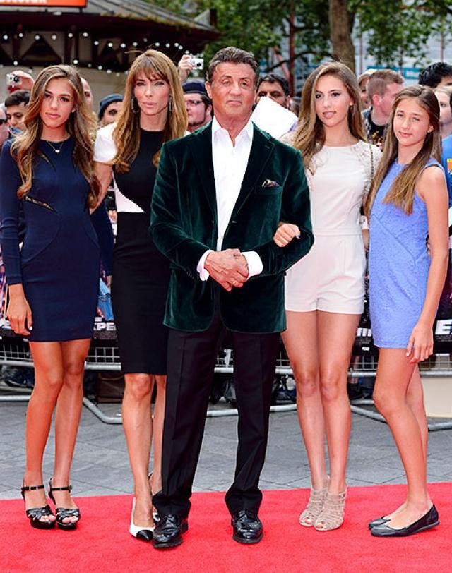 У Сильвестра Сталлоне и Дженнифер Флавин трое дочерей и все красавицы.