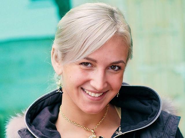"""Ольга Бузова. Все помнят, как милая блондинка появилась на шоу """"Дом-2""""."""