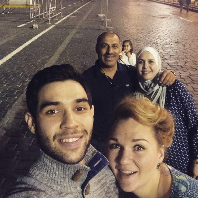 Чтобы оформить брак с иностранцем Надежде пришлось преодолеть множество бюрократических препятствий, но, по ее словам, результат стоил того.. Осенью 2015 года у пары родился сын Давид.