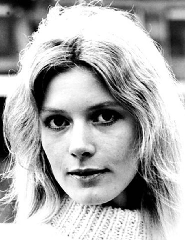 Пиа Гронинг. Пиа родилась в Дании в 1949 году. На родине она известна как актриса: еще в юном возрасте сниматься в отечественных кинолентах.