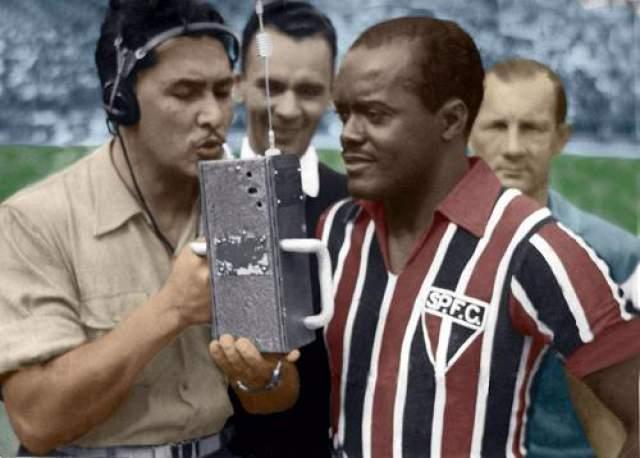 На чемпионате мира 1938 года игрок сборной Бразилии забил восемь голов в четырех матчах, став лучшим бомбардиром турнира.