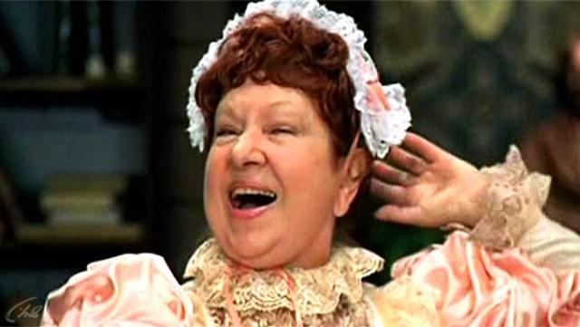 Наследство Инны Ульяновой. 9 июня 2005 года в возрасте 70 лет комедийная актриса скончалась. Свою столичную двухкомнатную квартиру она завещала лучшей подруге Марине Моматюк, которая довольно долго заботилась об Инне.
