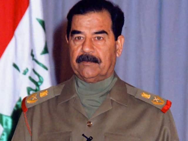 Саддам Хусейн. Усы бывшего лидера Иракской Республики стали настолько неотделимы от его образа, что скрываясь от американцев, он даже сбрил их, оставив одну бороду.