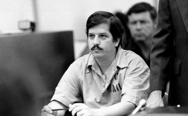 В итоге он был признан виновным в 14 убийствах, и в 1996 году был казнен посредством смертельной инъекции, хотя изначально его должны были отвести в газовую камеру.