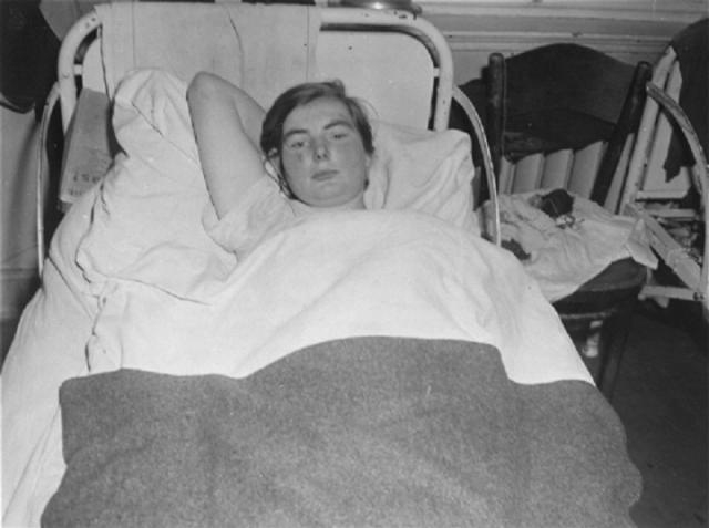 Нацистам необходимо было создать эффективный способ стерилизации, который будет подходить для того, чтобы стерилизовать миллионы людей с минимальными затратами времени и усилий.
