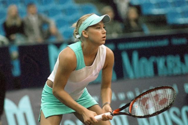 Анна Курникова. Российская теннисистка - бывшая первая ракетка мира в парном разряде (единственная россиянка, добивавшаяся этого достижения), двукратная победительница Открытого чемпионата Австралии в парном разряде.