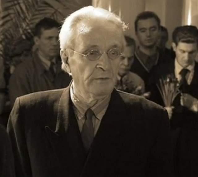 27 декабря 2006 года скончался 67-летний Станислав Ландграф, сыгравший критика Латунского.