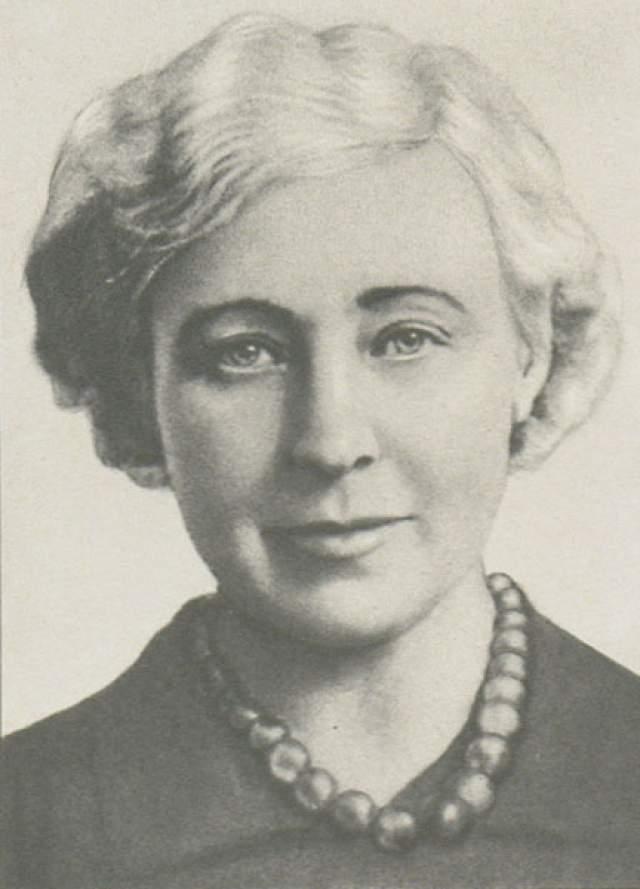В этот период Цветаева практически не писала стихов, занимаясь в основном переводами. Происходящее довело ее до крайнего отчаяния и 31 августа 1941 года она повесилась.