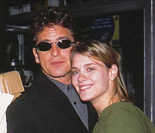 Кстати, на протяжении девяти лет Каролина была супругой актера Маркуса Фроты, который вам наверняка знаком по роли Тоньо-Лунатика в этом же сериале.