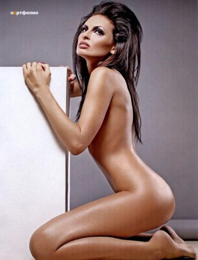 Ирина Брухаль. Модель оголилась для журнала EGO.