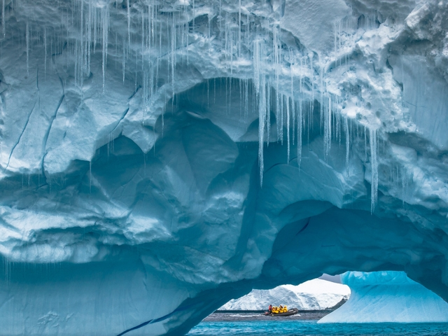 Антарктический ледник. Sam Crimmin, National Geographic Your Shot