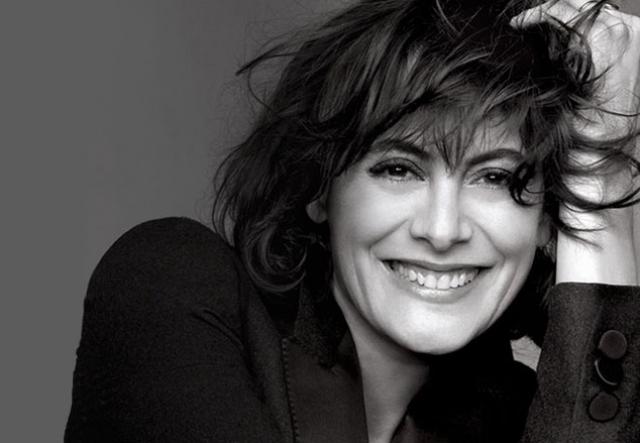 В 2010 году Инес снова вышла на подиум на показе весенне-летней коллекции Chanel. Тогда же она стала посланницей красоты L'Oréal.