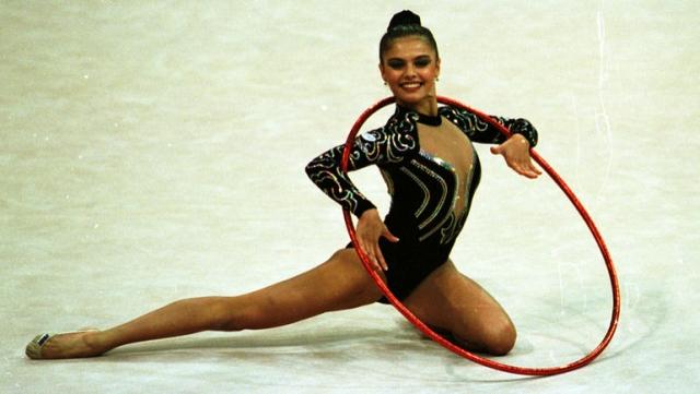 Алина Кабаева. Неоднократная чемпионка Мира и Европы, олимпийская чемпионка 2004 года закончила спортивную карьеру в 2007 году.