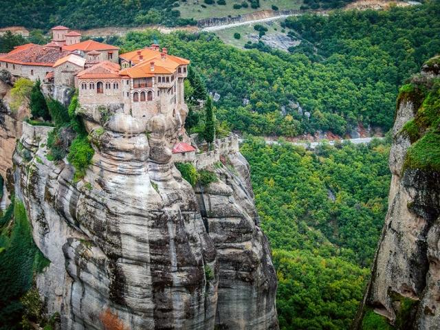Монастырь Варлаама в Греции. Gary Arndt, National Geographic Your Shot