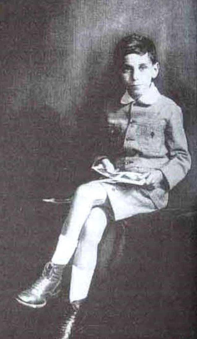 Пол Эрдеш. В три года будущий ученый мог легко подсчитать, сколько секунд прожил человек того или иного возраста, при этом его таланты были совершенно невиданными в Венгрии в 1920-х годов.
