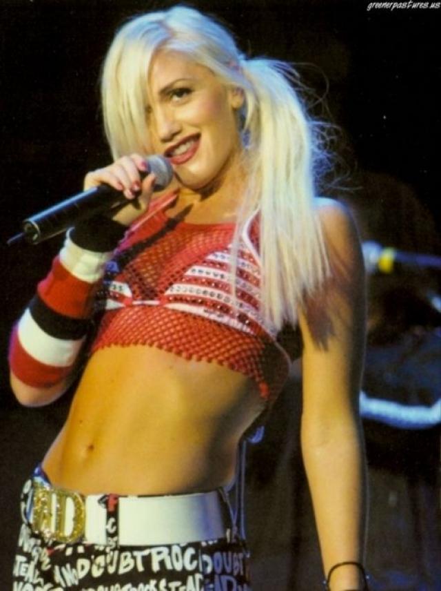 Гвен Стефани во времена начала карьеры солистки в группе No Doubt выбирала яркие неформальные образы