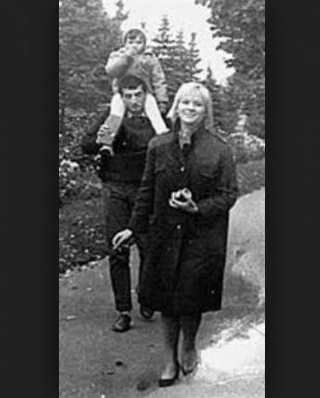 Галина Польских. Первый супруг актрисы, режиссер Фаик Гасанов, умер под колесами трамвая. Молодой мужчина, которому не было и тридцати лет, снимал фильм неподалеку от Ялты.