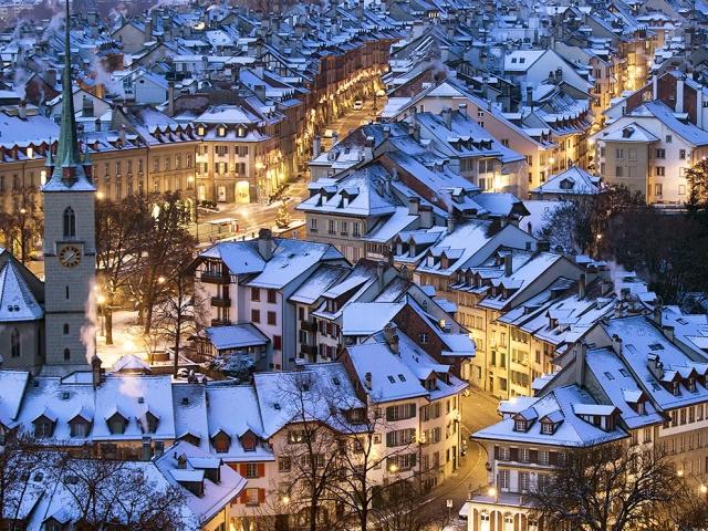 Заснеженный Берн, Швейцария. Peter Klaunzer, EPA