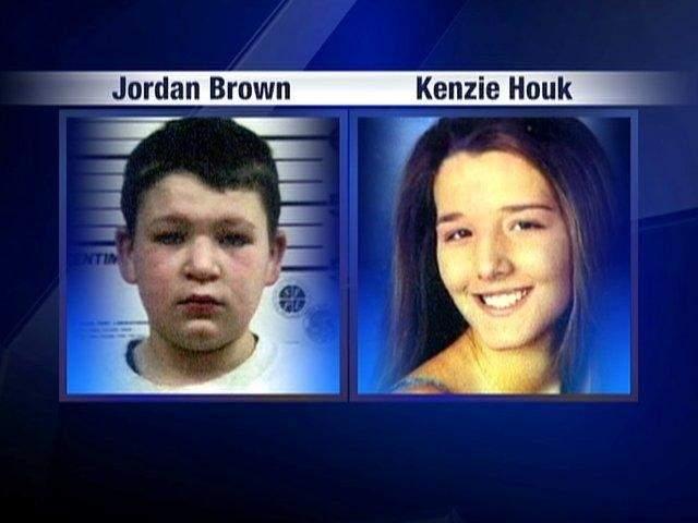 Мальчик приревновал отца к находящейся на восьмом месяце беременности женщине. Адвокат сумел убедить присяжных, что, несмотря на жестокость преступления, Брауна надо судить как малолетнего правонарушителя.