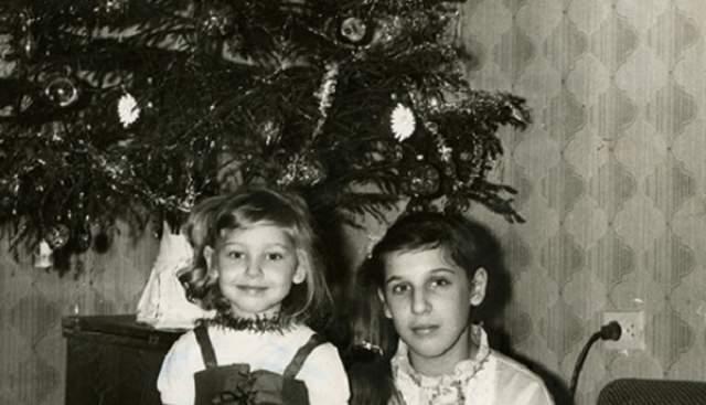 Юлия Ковальчук с братом.
