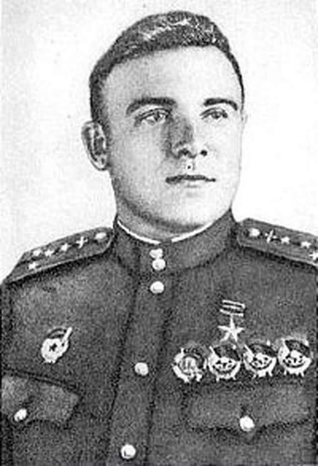 Борис Глинка. 1914-1967. Герой Советского Союза. 30 личных побед.