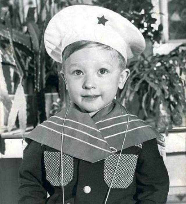 Евгений Плющенко -морячок.