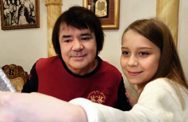 Евгений Осин. В начале 2018 года звезда 80-х пришел на телевидение, чтобы увидеться с якобы своей дочерью Анастасией Годуновой.
