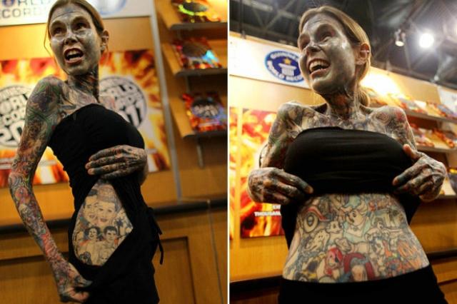 Джулия Гнусе - самая затутаированная женщина в мире 95 процентов ее тела покрыто татуировками.