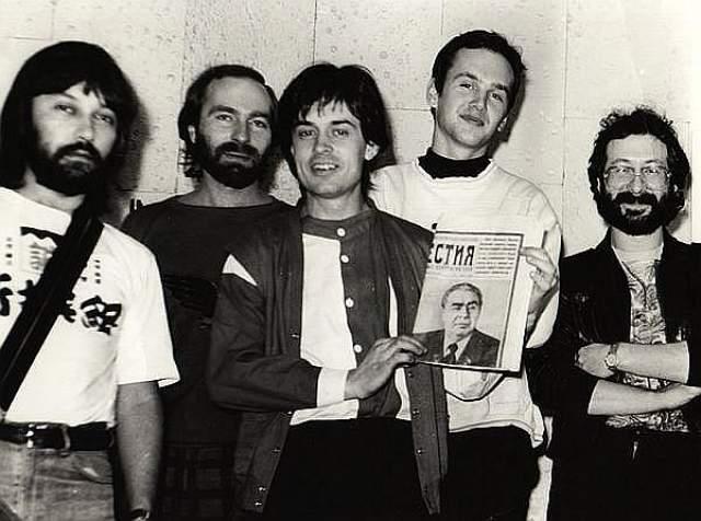 """В 1982 создал московскую группу """"Наутилус"""", но группа просуществовала меньше года. Также вместе с Алексеем Романовым, Евгением Маргулисом и Алексеем Макаревичем Кавагое создал группу """"Воскресение"""", где играл на барабанах и клавишных и выполнял продюсерские функции."""