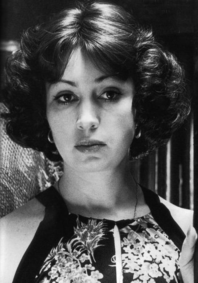 """Лишь в 1992 она получила премию """"Ника"""" в номинации """"Лучшая актриса"""" , а в 2012, в 65 лет, за роль в телесериале """"Закрытая школа"""" была названа исполнительницей """"женской роли""""."""