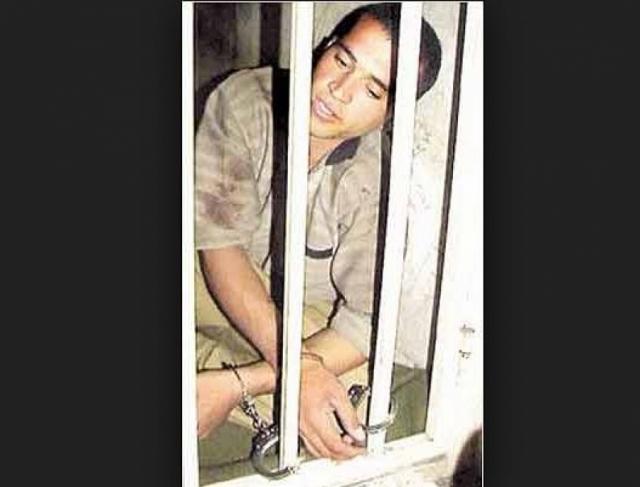 16 марта 2005 года на одной из площадей иранского города Пакдашт был казнен через повешение Мохаммад Бидже , который изнасиловал и убил 21 человека, причем большинство его жертв были мальчики.