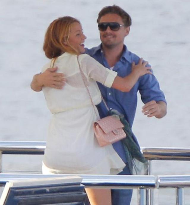 C июня 2011 года Лео встречался с актрисой Блейк Лайвли, с которой расстался, сохранив дружеские отношения, через полгода.