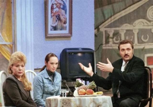 """С 16 ноября по 30 декабря 2015 года был режиссером и ведущим программы """"Наш человек"""" на канале """"Россия 1"""". Создал бренд продуктов питания """"Моя Семья"""", которым владеет по сей день."""
