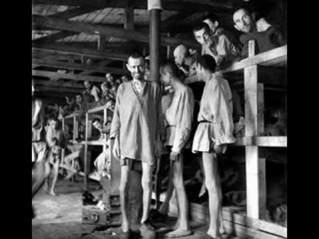 Через месяц Бухенвальд стал самым крупным лагерем смерти: в 88 филиалах концлагеря за колючей проволокой находились 112 000 узников.