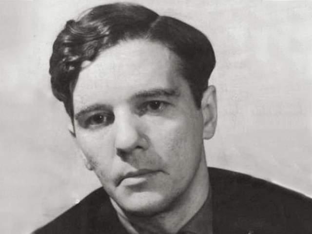 Александр Введенский. Поэт и драматург из объединения ОБЭРИУ, также не вязался с официальными взглядами на литературу и вместе с другими членами объединения был арестован в конце 1931 года.
