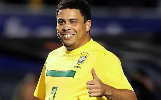 22 февраля 2010 года Роналдо официально объявил о завершении игровой карьеры в 2011 году из-за травм и проблем со здоровьем.