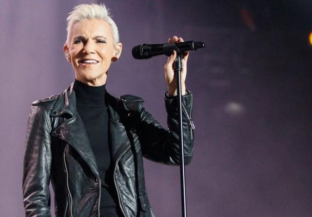 В 2013-2016 годах музыканты активно гастролировали по планете, последнее выступление состоялось 8 февраля 2016 года на Grand Arena в Кейптауне, ЮАР ,после чего врачи рекомендовали Мари прекратить концертную деятельность.